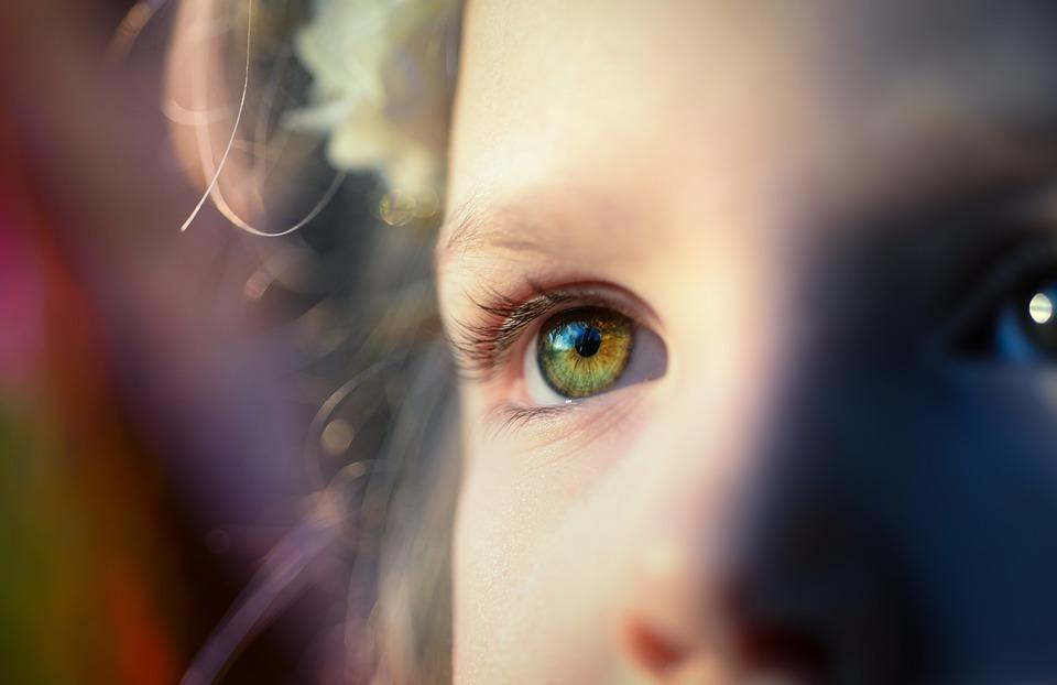 Myopiekontrolle bei Kindern